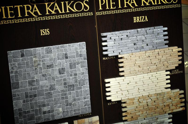 mozaik iz naravnega materiala - kamen